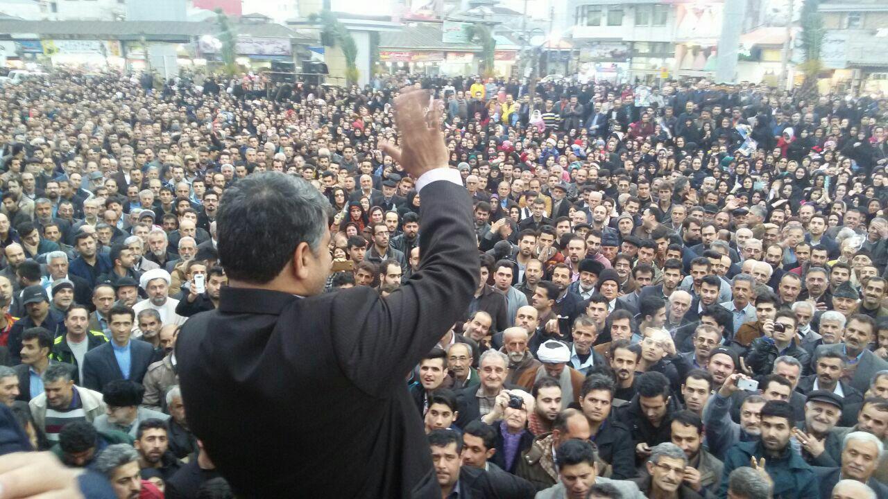 دودی که از ضد انقلاب به چشم مردم صومعه سرا می رود/تخریب دلخوش به دلیل انقلاب در جذب اعتبارات!
