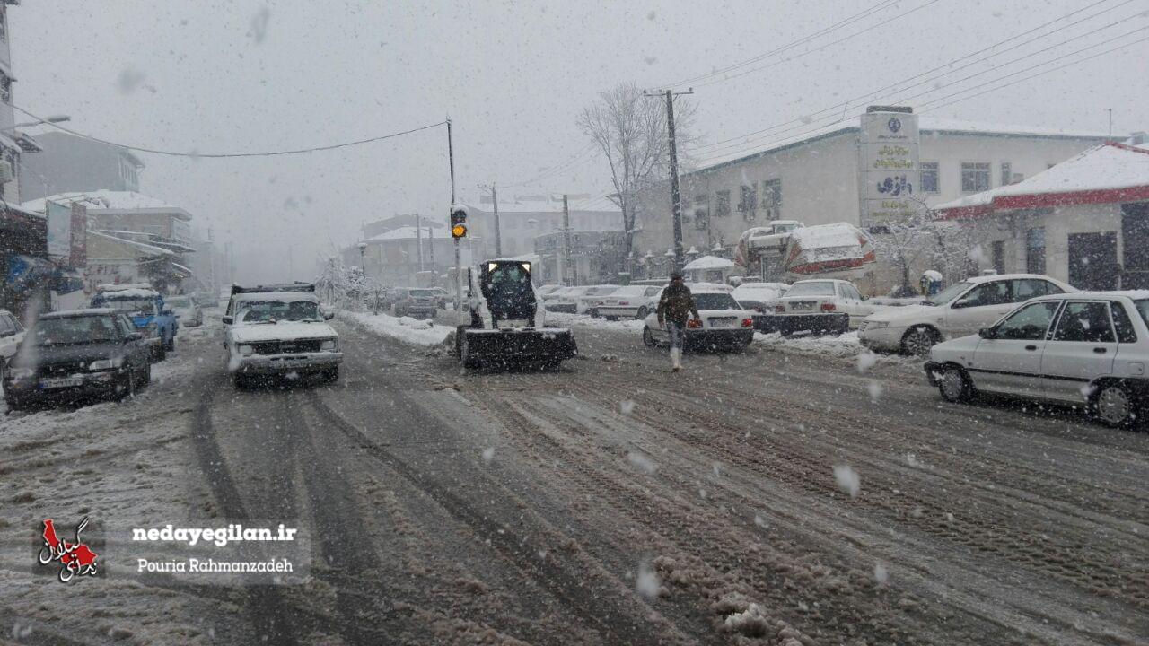 شروع یخبندان سراسری در گیلان از امشب در گیلان/یخبندان در استان تا دوشنبه ادامه دارد