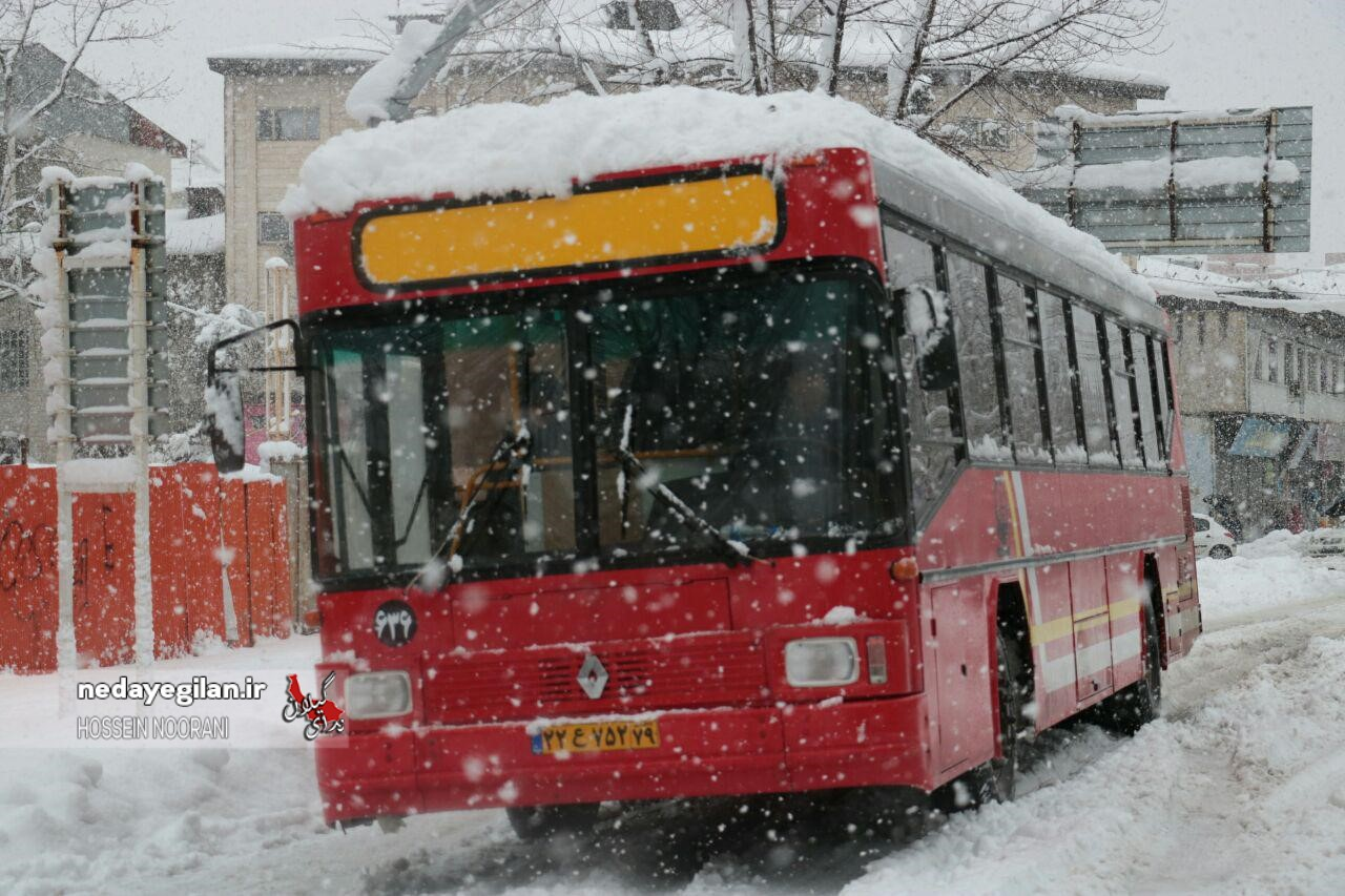 احتمال بارش برف در برخی از مناطق جلگه ای گیلان/هوای استان تا دوشنبه سرد و بارانی است