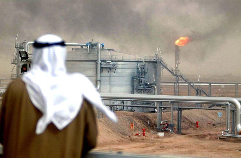 بحران لبنان چگونه نفت را 200 دلاری می کند؟/رمزگشایی از سیاست چند جانبه عربستان