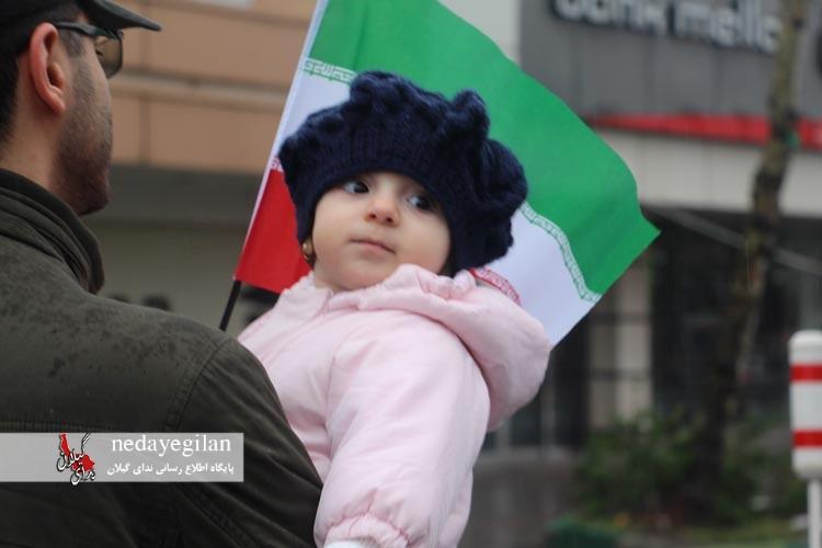 گزارش تصویری حضور کودکان در راهپیمایی 22 بهمن