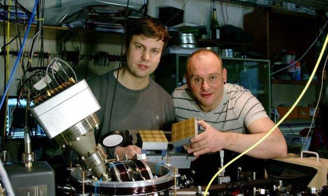اولین کامپیوتر کوانتومی عملیاتی جهان ساخته شد
