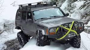 آمادگی بیش از 50 دستگاه خودروی آفرود برای امداد رسانی به مناطق درگیر در برف