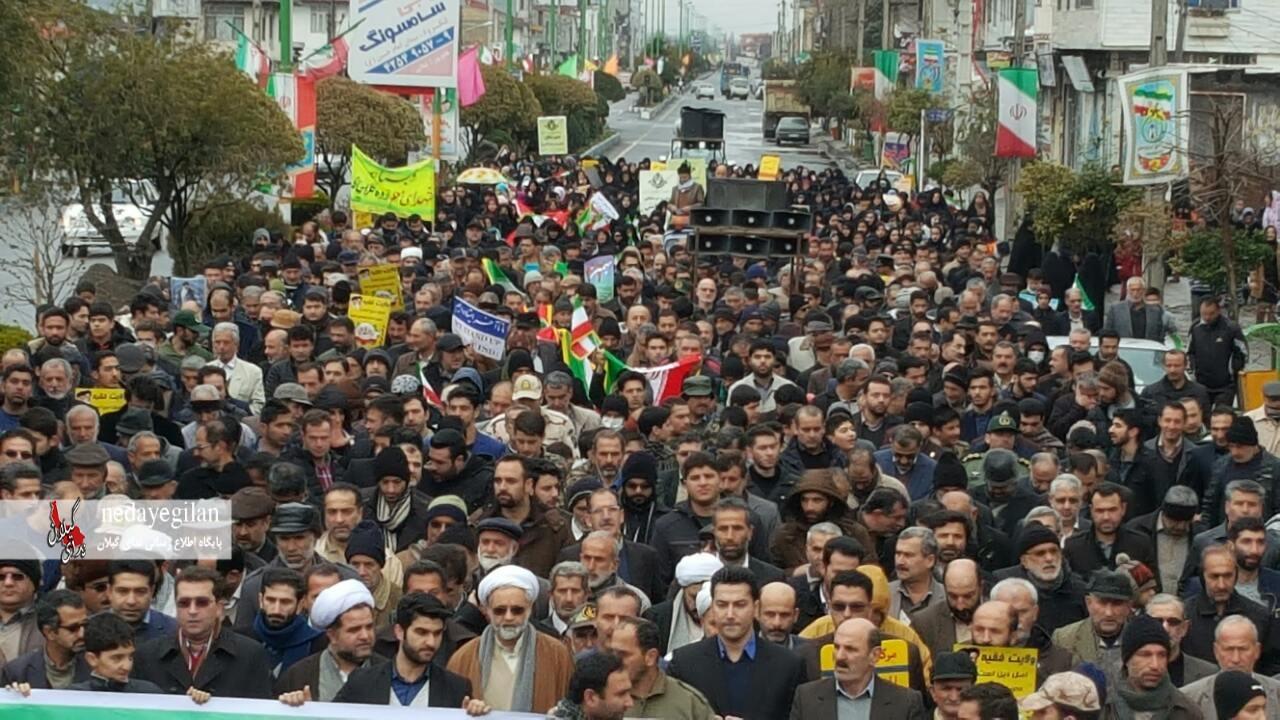 گزارش تصویری راهپیمایی 22 بهمن در کلاچای