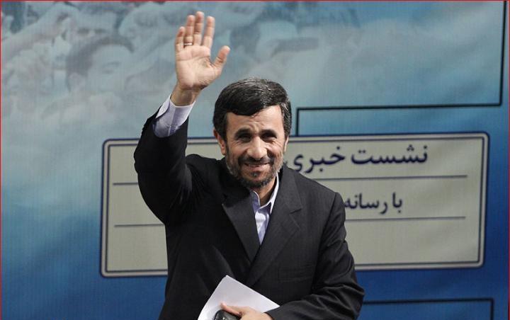 احمدي نژاد از كدام افتخاراتش براي تالشي ها خواهد گفت ؟