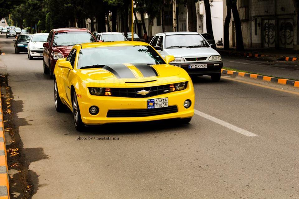 ورود خودروهای لوکس از مناطق آزاد با تصمیم مجلس آزاد می شود