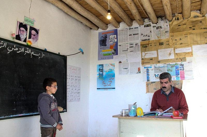 4 مدرسه در استان با یک دانشآموز کلاس تشکیل می دهند