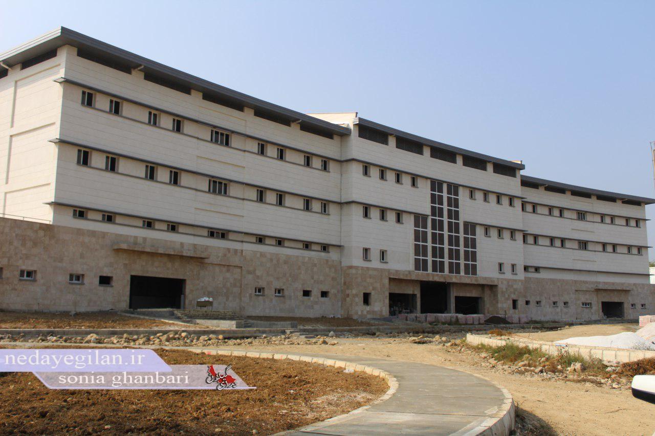 11 بیمارستان در کشور به بهره برداری می رسد/60 درصد از ثبت نام کنندگان طرح اقدام ملی مسکن فاقد شرایط هستند
