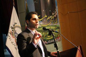 """بدور از هرگونه دیدگاه سیاسی و جناحی """"علی امانی"""" را به عنوان شهردار انتخاب کردیم"""