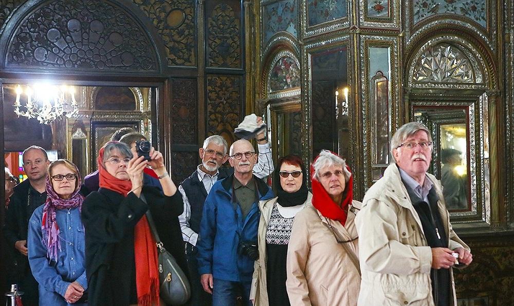 رویای 20 میلیون گردشگر خارجی در ایران/توریست ها چگونه اقتصاد ایران را نجات خواهند داد؟