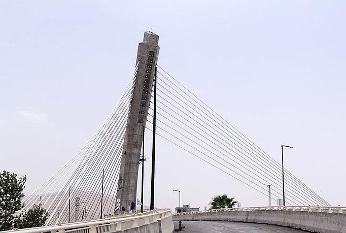 پیشرفت پل ورودی آستانه اشرفیه بیش از 75 درصد  است
