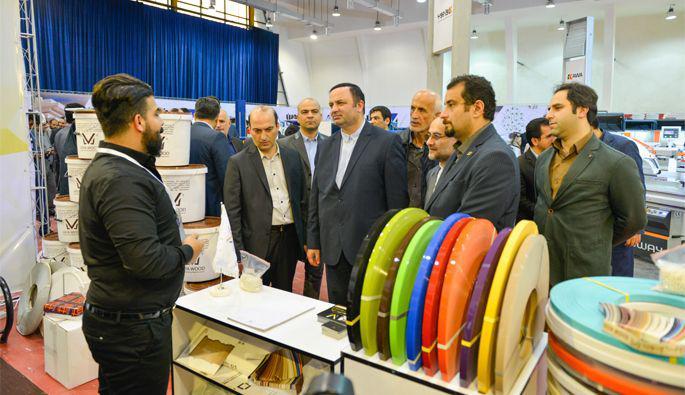 افتتاح نمایشگاه بین المللی ماشین آلات، یراق آلات، مواد اولیه صنایع چوب کشور در منطقه آزاد انزلی