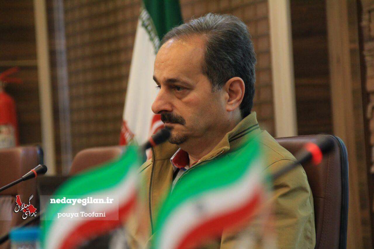 نصب تندیس بزرگان و مشاهیر استان در مرکز شهر رشت