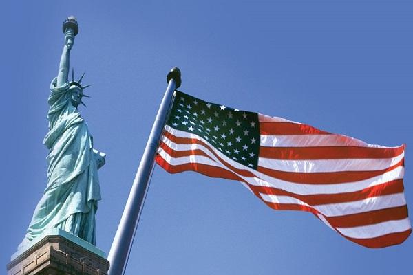 اعلام وضع فوق العاده در سه ایالت آمریکا/ بسته حمایتی ۲ هزار میلیارد دلاری برای کمک به کارگران پرداخت می شود