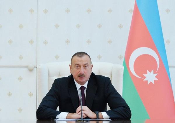 خط ریلی باکو- آستارا بازسازی می شود