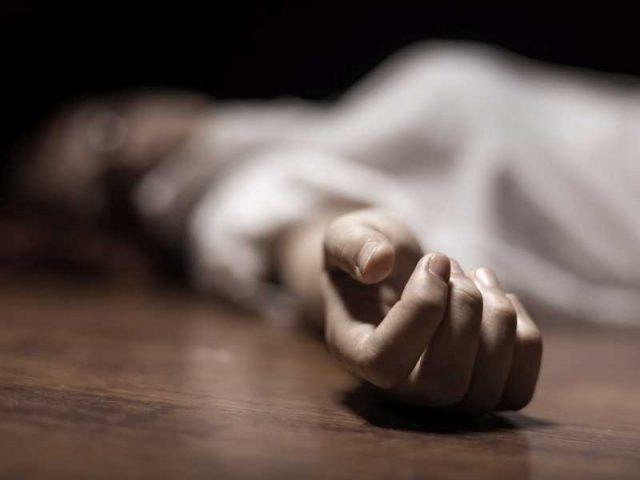 داماد جوان بخاطر بی آبرویی در ماه عسل خودکشی کرد/ عروس جوانان بلافاصله خودکشی کرد!