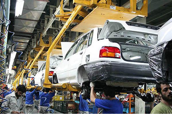 چرا  روند قیمت خودروهای داخلی صعودی شد؟/چند سناریو برای قیمت خودرو در هفته های آتی