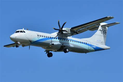 هواپیمای حادثه دیده 25 سال بود پرواز می کرد!
