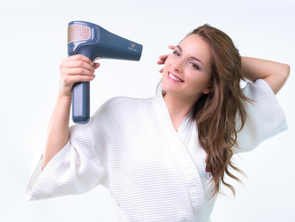 سشوار بی سیمی که با مادون قرمز موهای شما را خشک می کند!
