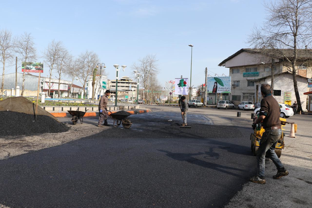 آغاز مرمت آسفالت خیابانهای شهر لاهیجان