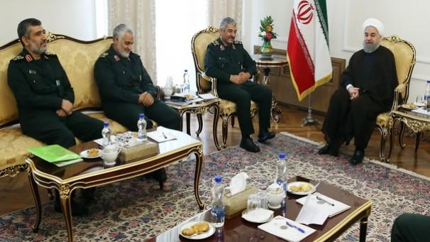 ماجرای ادعای یک نماینده مجلس درباره رئیس جمهور چیست/آیا روحانی گفت سپاه باید حذف شود؟