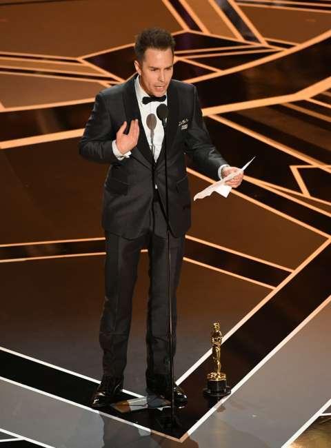 سم راکول بعد از گرفتن جایزه بهترین هنرپیشه نقش دوم مرد