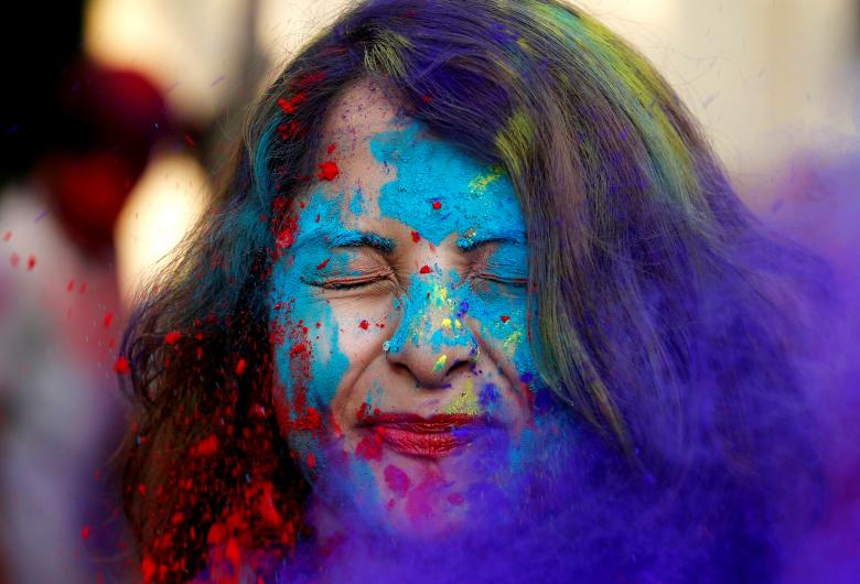 گزارش تصویری فستیوال رنگ و جشن هولی در کلکته هند