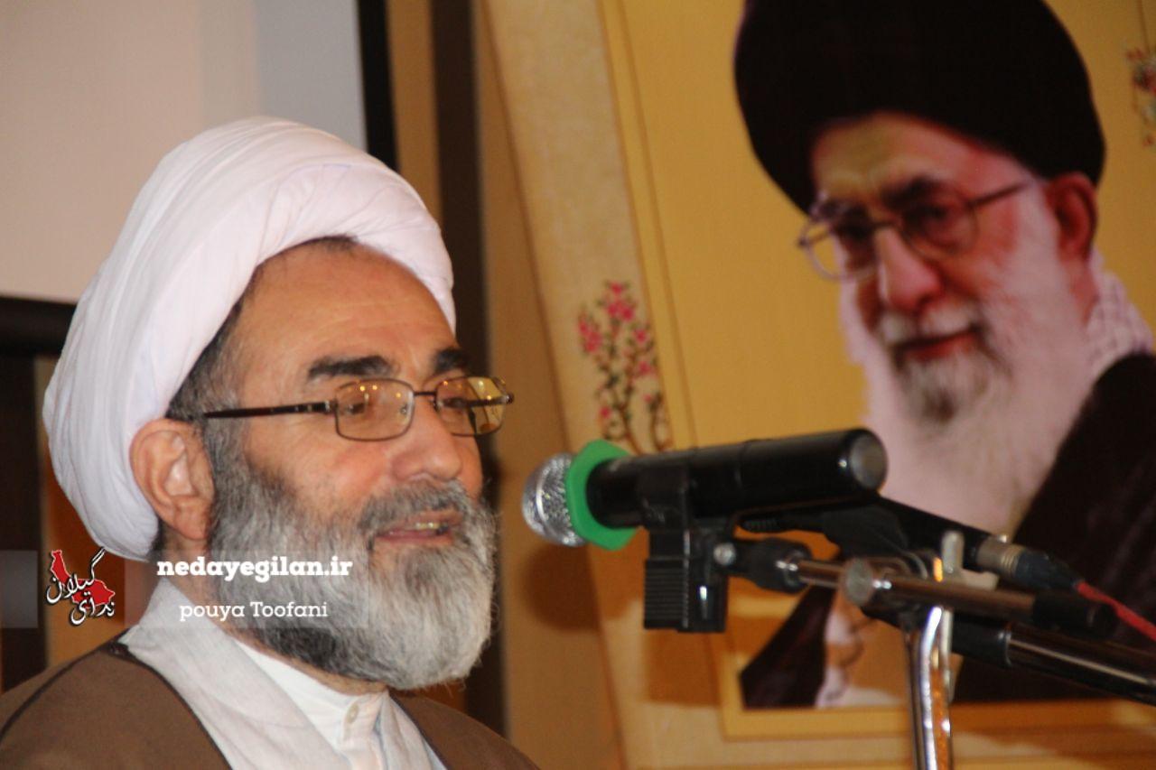 رضاشاه و پسرش چاهی برای ایران کندند که باید دهها سال برای پر کردن آن تلاش کنیم