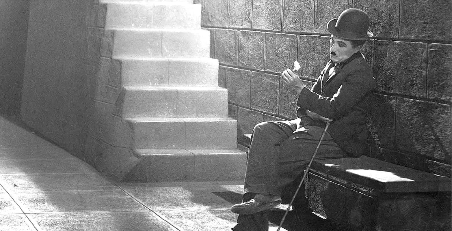 چارلی چاپلین چگونه زندگی کرد؟/روایتی جالب و خواندنی از کمدین برجسته تاریخ سینما