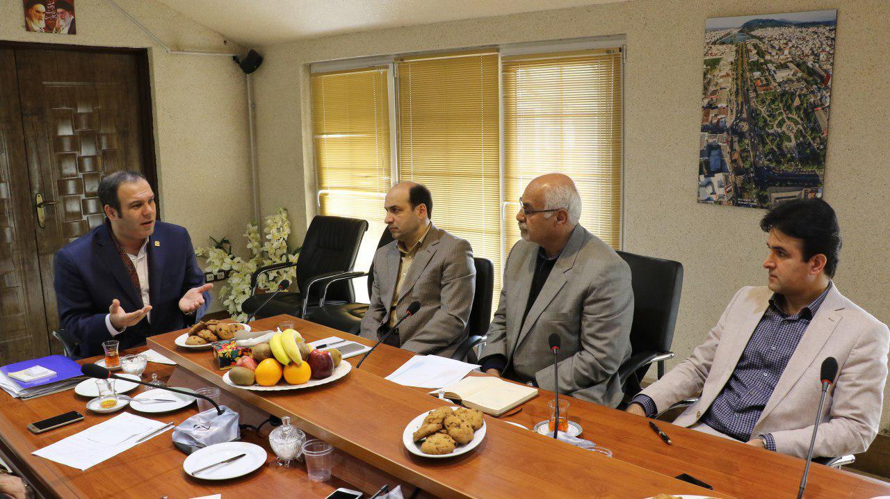 شهردار لاهیجان:می خواهیم حرف نخست را در سرمایه گذاری بزنیم|مصباحی:پروژه های سرمایه گذاری باید استاندارد سازی شوند