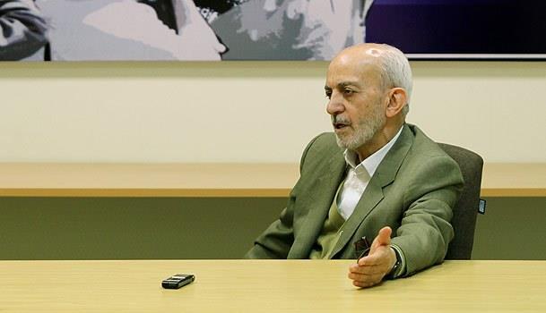 عواملی که منجر به ناامید شدن مردم می شود خارج از دست دولت است/عمدا یا سهوا نمیگذارند روحانی به وعدههایش عمل کند