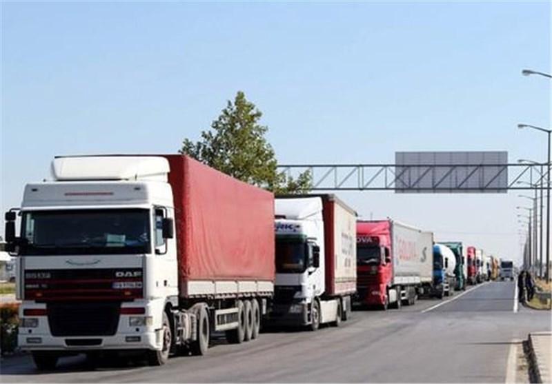 ممنوعیت تردد وسایل نقلیه سنگین در محور آستارا-اردبیل