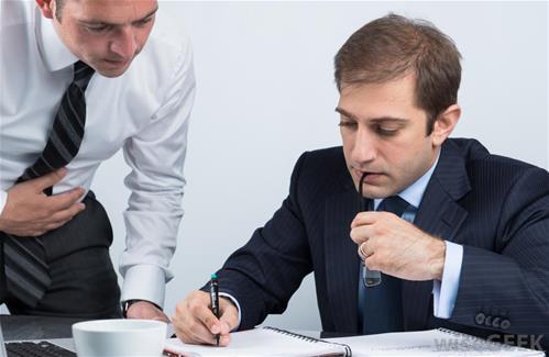در هنگام امضای قرارداد با کارفرما باید حواسمان به چه چیزهایی باشد؟