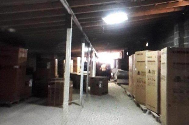 کشف انبار لوازم خانگی قاچاق در صومعه سرا