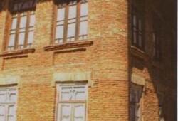 بنای تاریخی گوهرتاج خانم در املش طعمه حریق شد