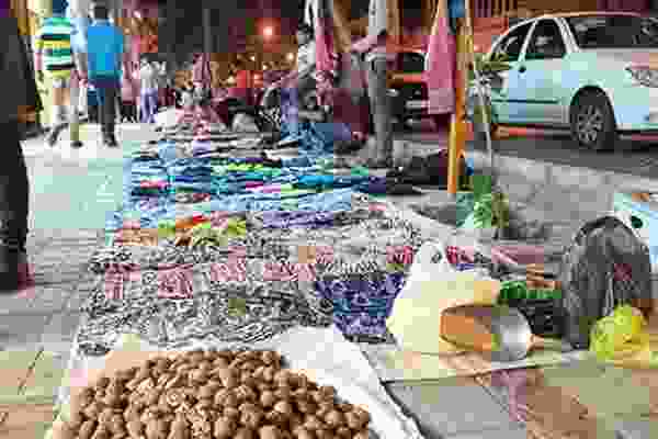 اعمال محدودیت برای دست فروشان در سطح شهر رشت