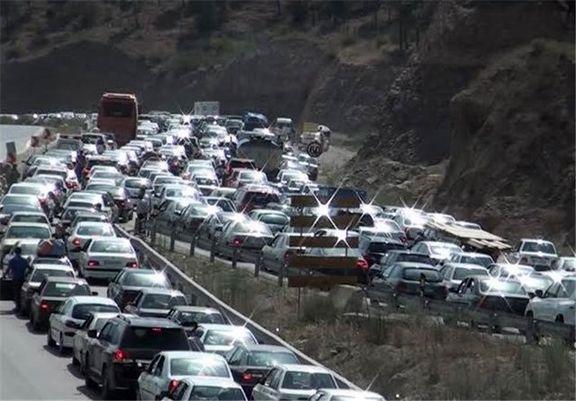 ترافیک سنگین در محورهای خروجی گیلان