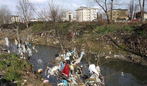 حل مشکلات رودخانه های رشت نیازمند عزم استانی و ملی است