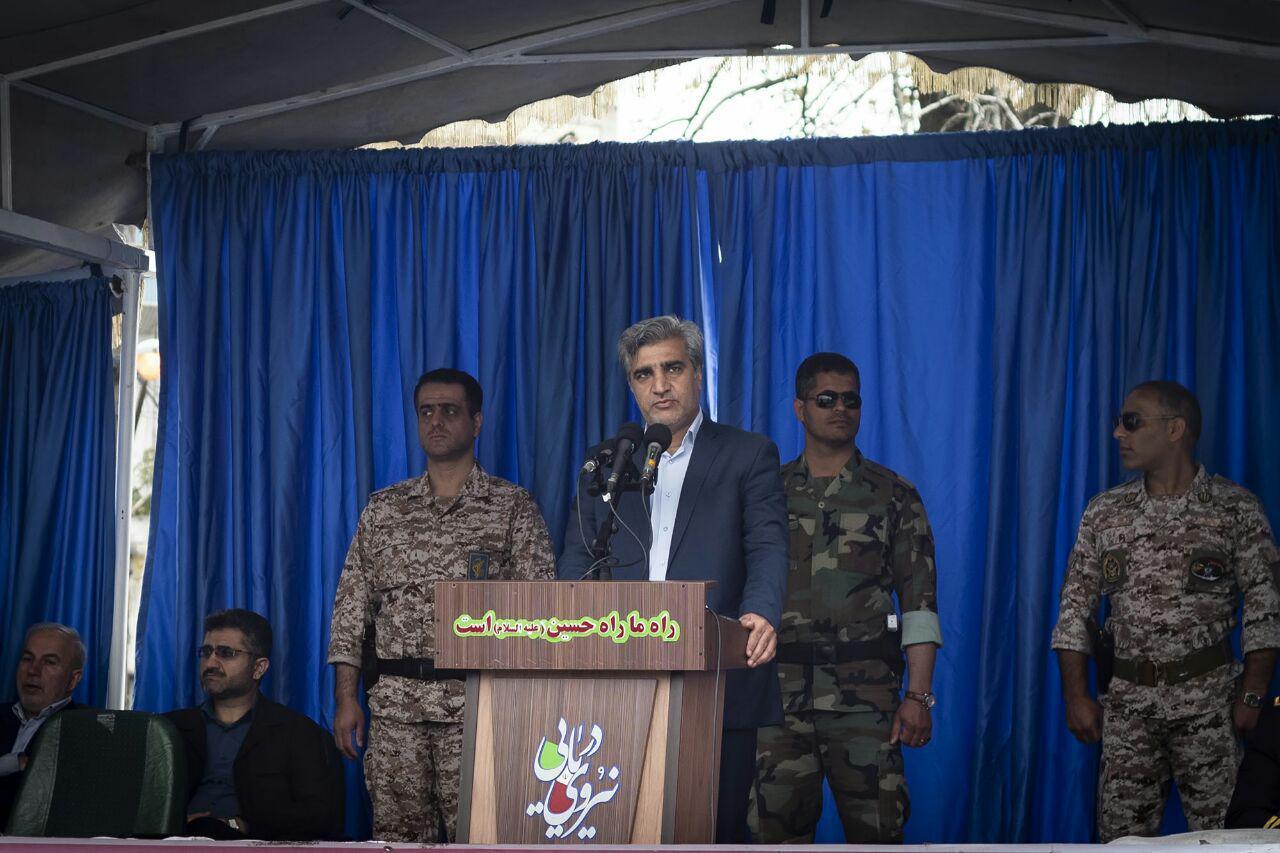 ارتش نماد عزت و اقتدار ملی است