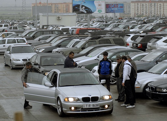ماجرای واردات خودروهای دست دوم خارجی چیست؟/مخالفان و موافقان واردات خودروهای دست دوم چه می گویند؟