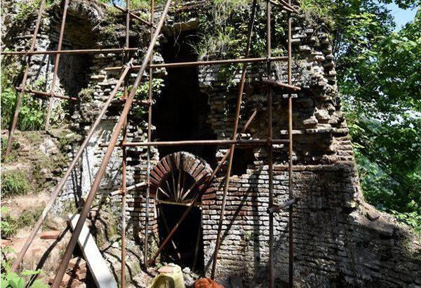 رتبه چهارم گیلان از نظر تراکم بناهای تاریخی/تنها 42 درصد از ابنیه تاریخی استان در اختیار دستگاه های دولتی است