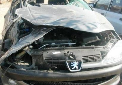 ۵ کشته و زخمی در تصادف ۲۰۶ و کامیون در جاده لاهیجان