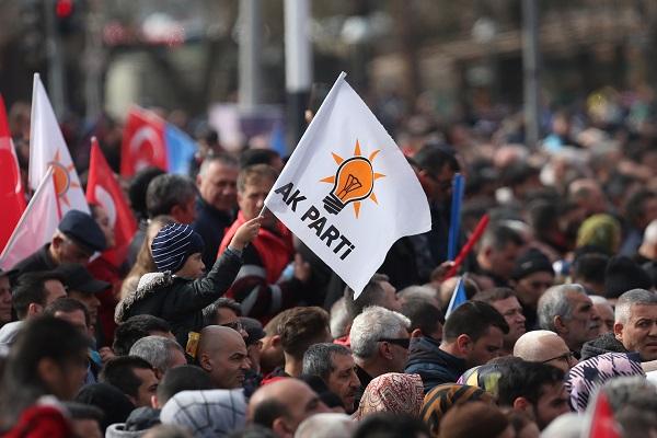 آغاز سقوط حزب «عدالت و توسعه» با جدایی علی باباجان/موازنه قدرت در ترکیه تغییر می کند؟