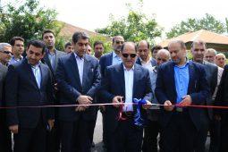 گزارش تصویری افتتاح آسفالت راه روستایی منگوده توسط بنیاد مسکن رشت