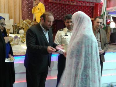 کمک جهیزیه به 20 نو عروس شهرستان های رضوانشهر و ماسال