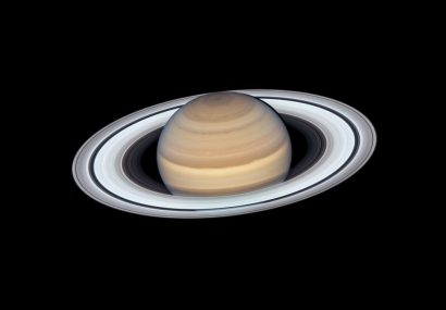 تصویر جدید و خیرهکننده هابل از سیاره حلقه بر گردن