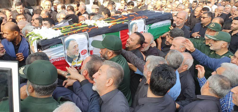 گزارش تصویری تشیع پیکر جانباز هشت سال دفاع مقدس احمد حکیمی در لنگرود