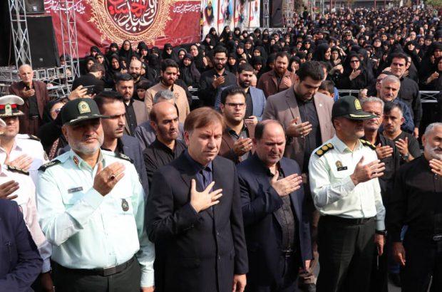 حضور استاندار گیلان در تجمع عزاداران سرور و سالار شهیدان در رشت