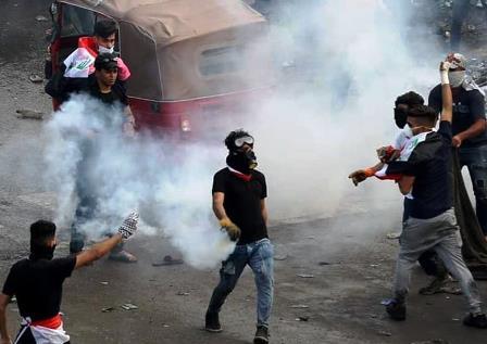 روز یازدهم ناآرامی ها در عراق و وخیم شدن اوضاع امنیتی/وقتی میادین نفتی و پل ها به تسخیر معتریض در می آید!