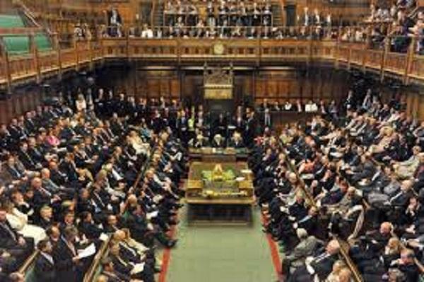 واقعیت های عجیب در مورد مجلس عوام بریتانیا /از سیاست گذاری در بریتانیا چه می دانید؟